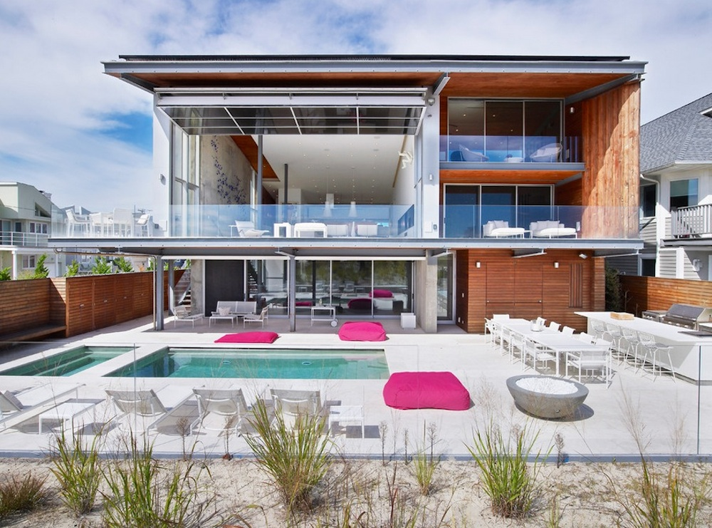 A real estate agent will know how to bring out your home's best aspects. Image Via: West Chin Architects & Interior Designers