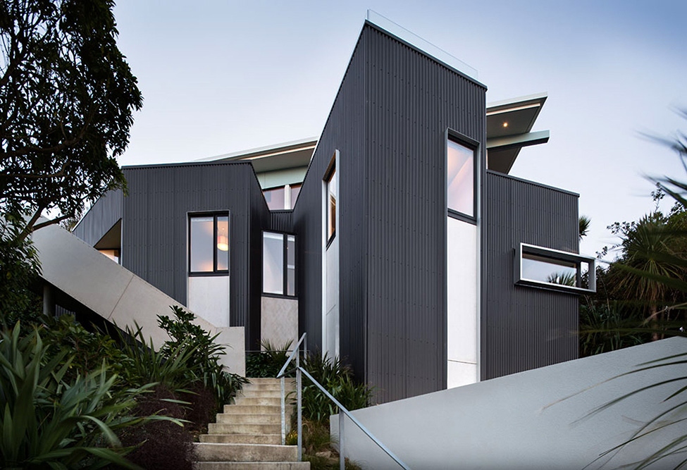 Distinctive Seatoun Heights House With Breathtaking Harbor Views In - Fashionable-one-storey-house-by-parsonson-architects
