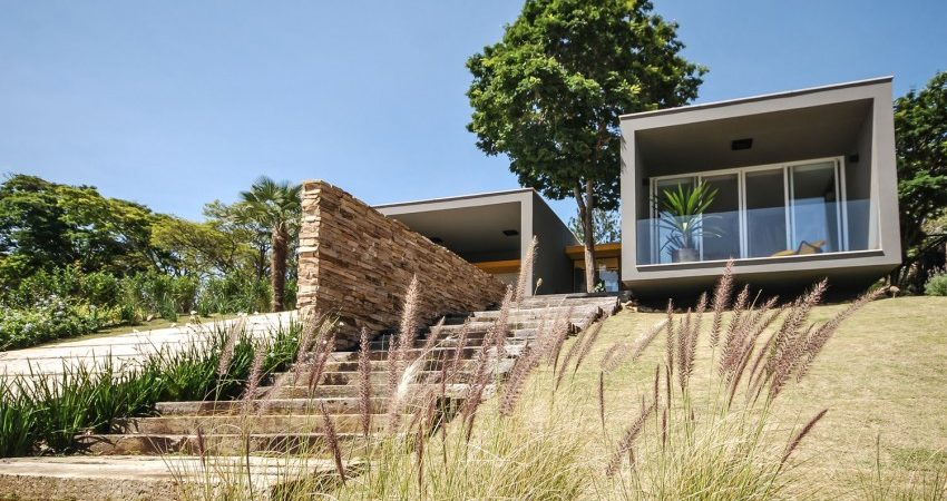 Contemporary Architecture Diluted in a Bucolic Landscape: ME House