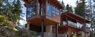 Luxury Mountain Chalet Offering Striking Panoramic Views in Whistler, Canada