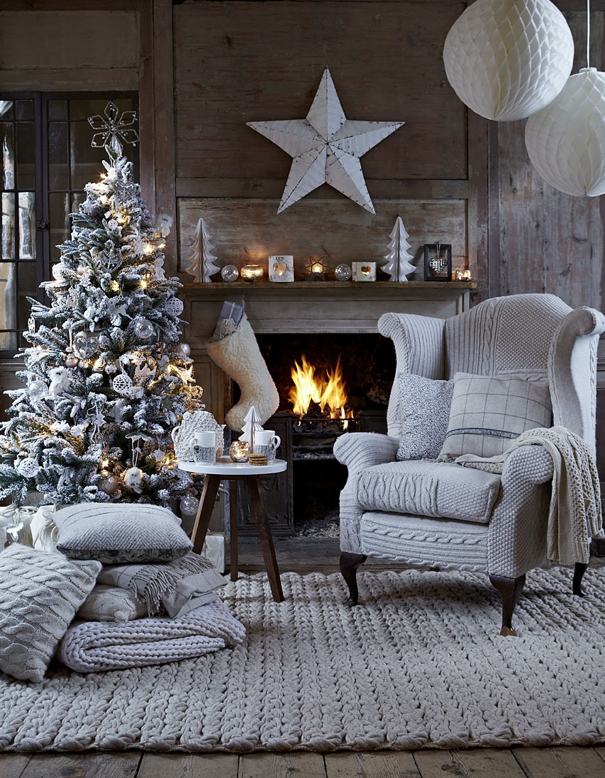 Modern Christmas Decorations for Inspiring Winter Holidays (26)