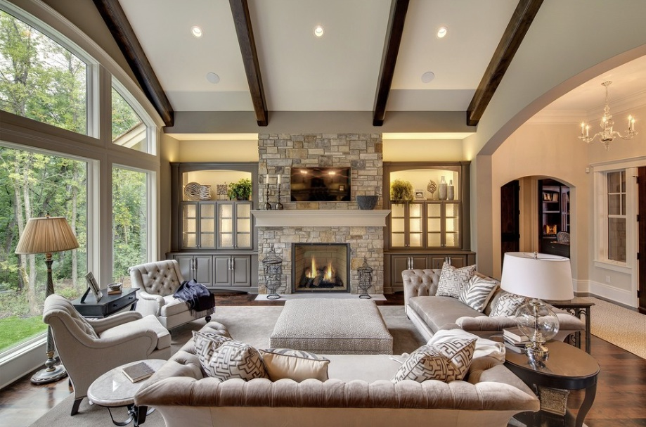 neutral tradtional living room