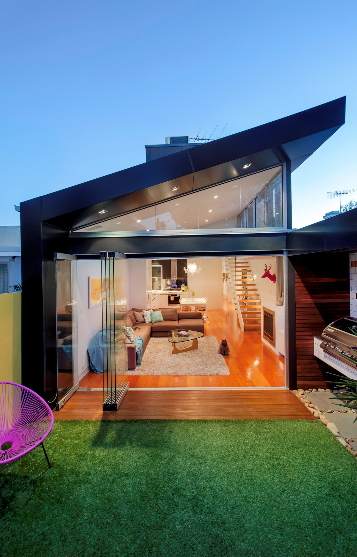 Re-Framing Family Life in Updated Victorian Terrace House