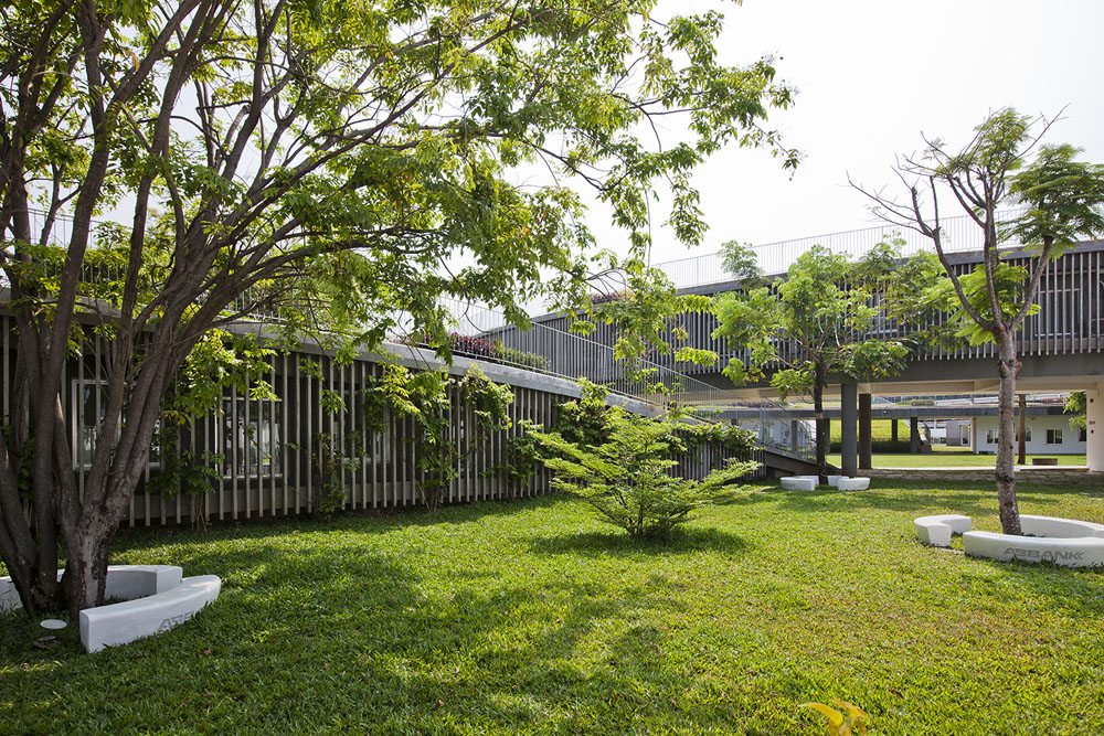Farming Kindergarten by Vo Trong Nghia Architects (13)
