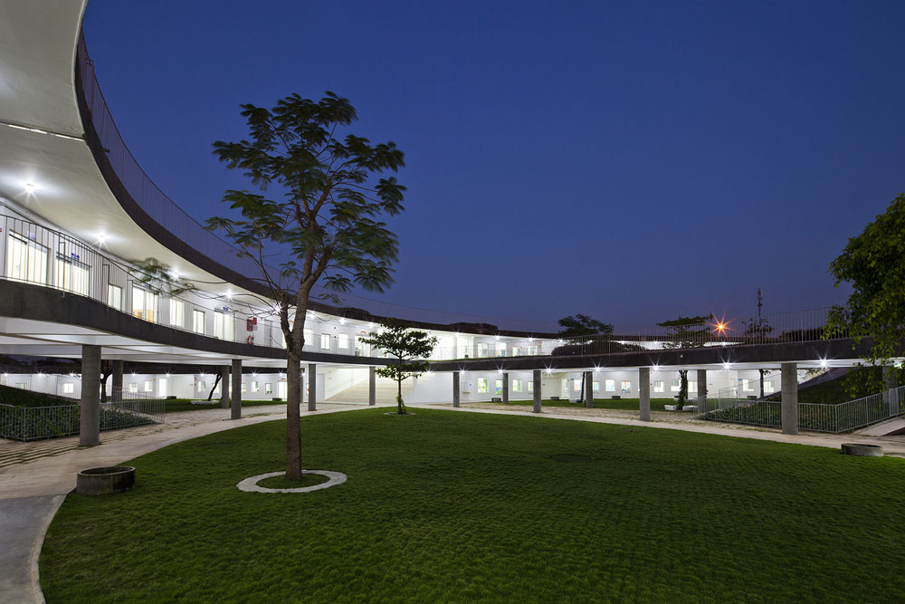 Farming Kindergarten by Vo Trong Nghia Architects (17)