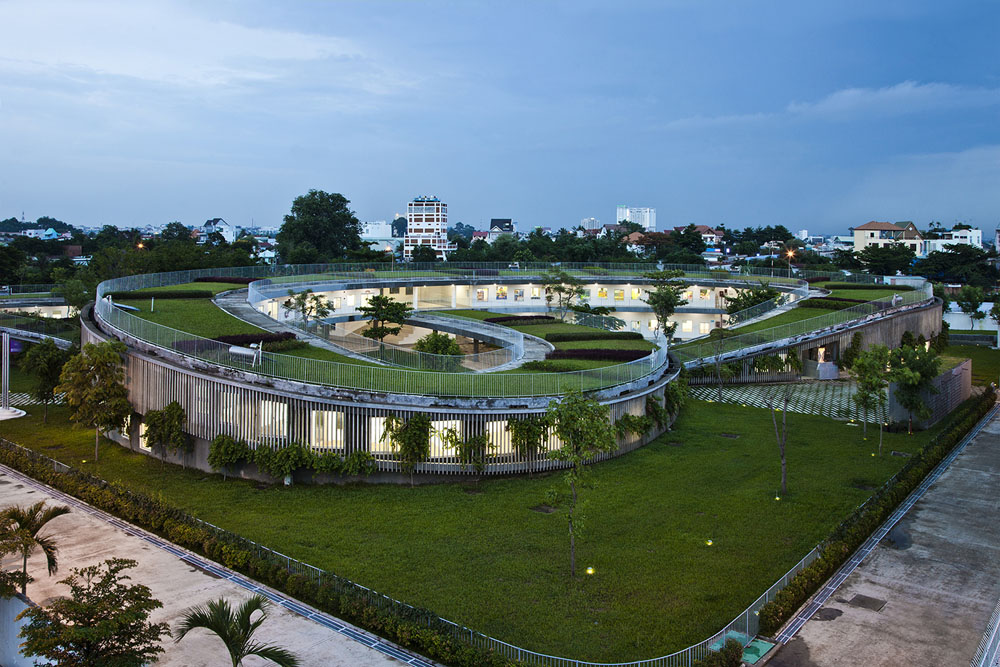Farming Kindergarten by Vo Trong Nghia Architects (3)