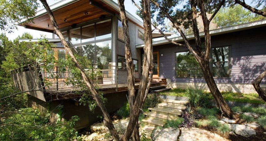 Modern Home Built Between Canopies in Austin, Texas: Canyon Edge Residence
