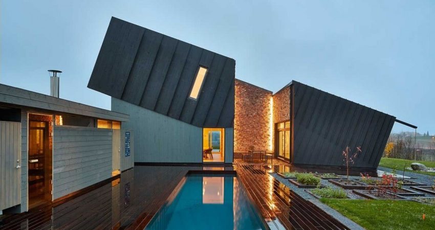 Residence in Norway Embedding Innovative Sustainable Features: ZEB Pilot House