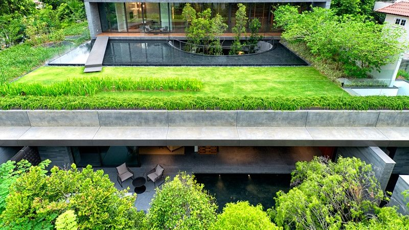 Spectacular Green Residence Overlooking the City Skyline: The Wall House in Singapore