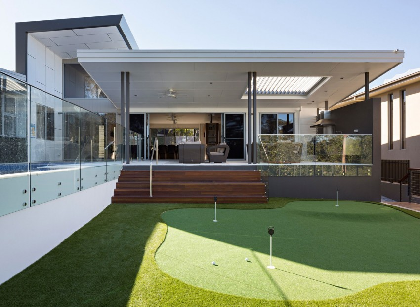 modern home design reflecting the owners personalities golf house rh freshome com modern australian country home designs