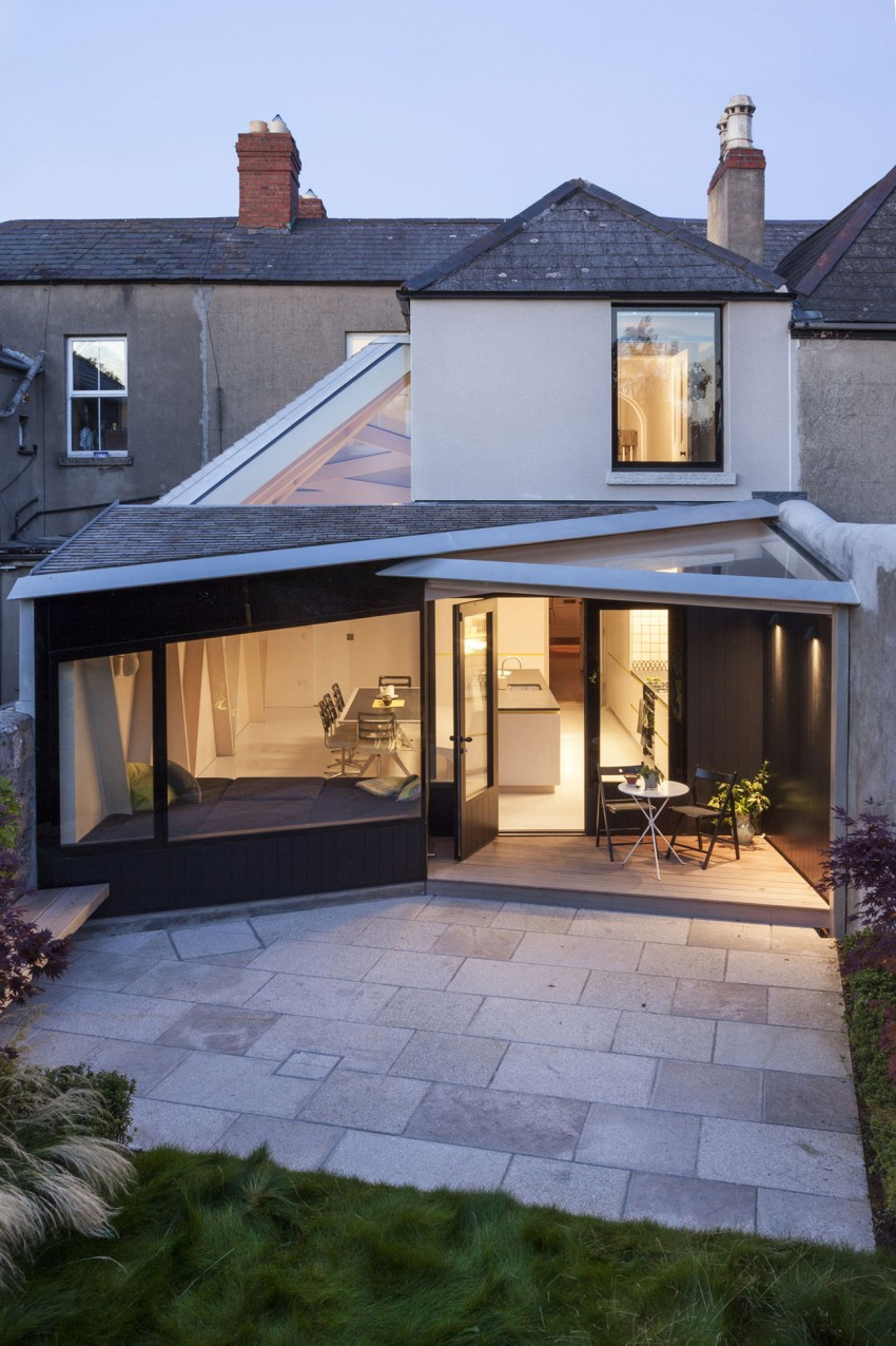 """Ingenious Addition to Small Victorian House in Dublin: The """"Scale of PLY"""" Project"""