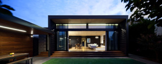 Modern Home Extension Blending Familiarity and Functionality