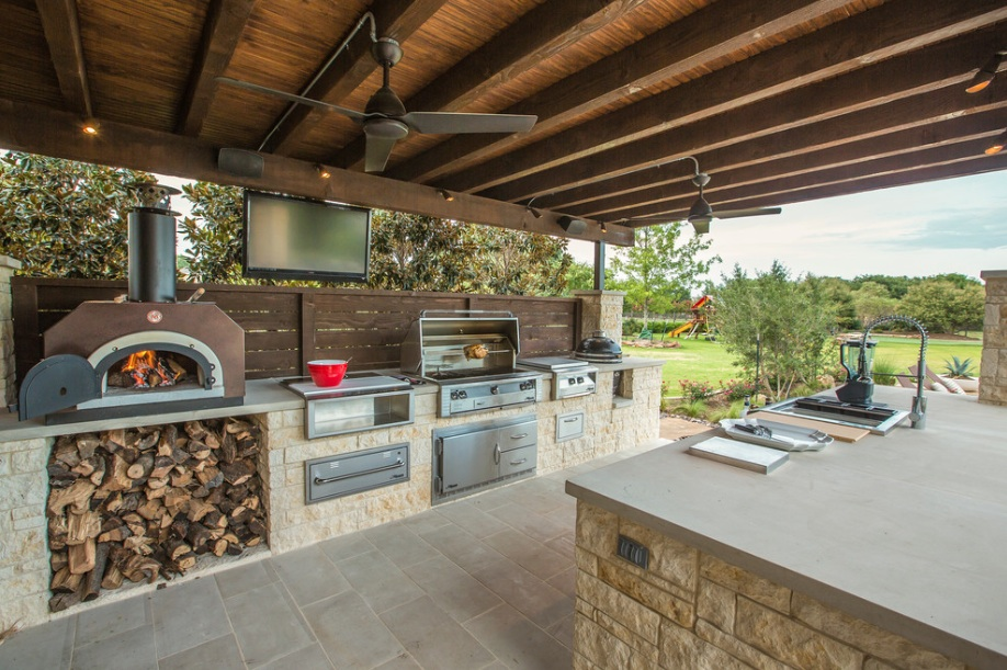 outdoor kitchen pizza oven