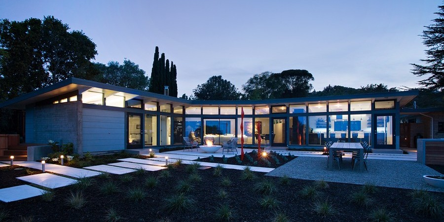 Optimum Flow of Spaces Exhibited by Mid-Century Modern Home in California