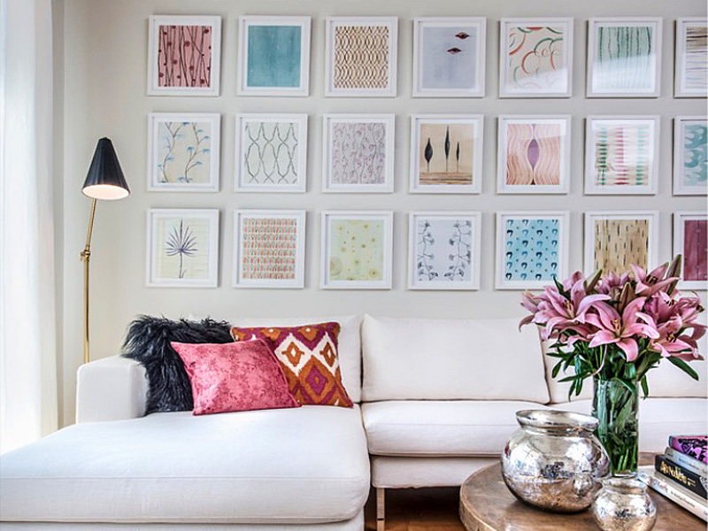 How to hang a gallery wall ideas and tips freshome - Photo decoration on wall ...