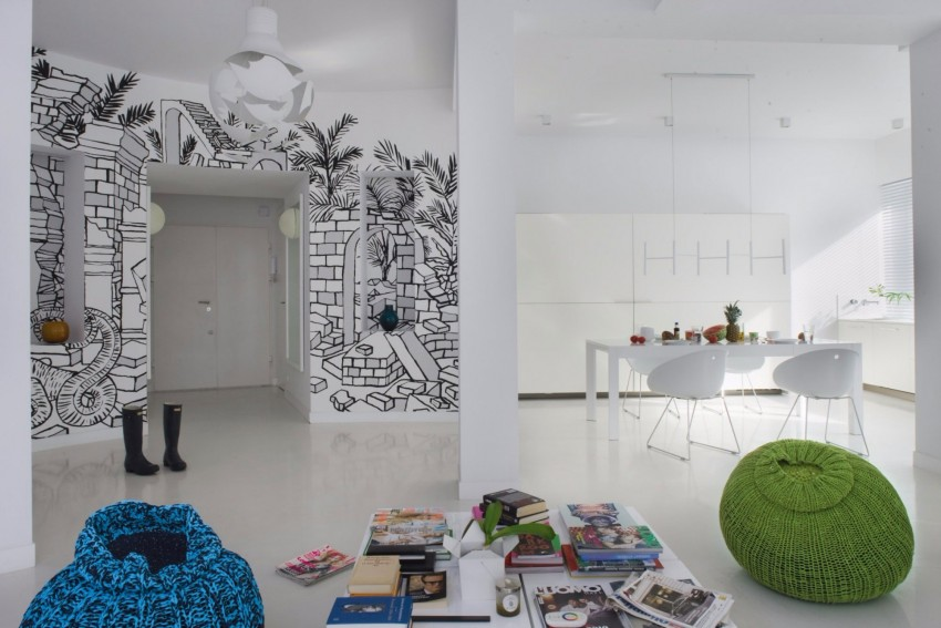 Artistic Wall Mural Enriches Apartment Design In Central