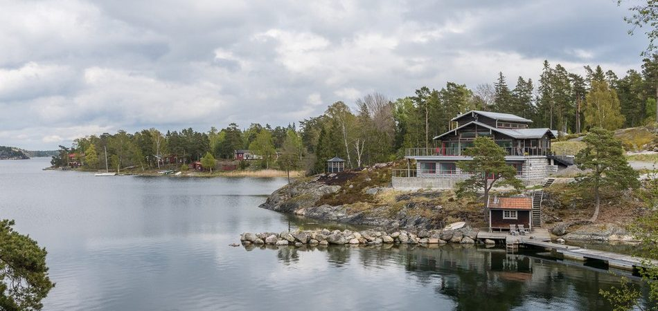 Swedish Retreat Immersed in Spectacular Archipelago Cliff Setting