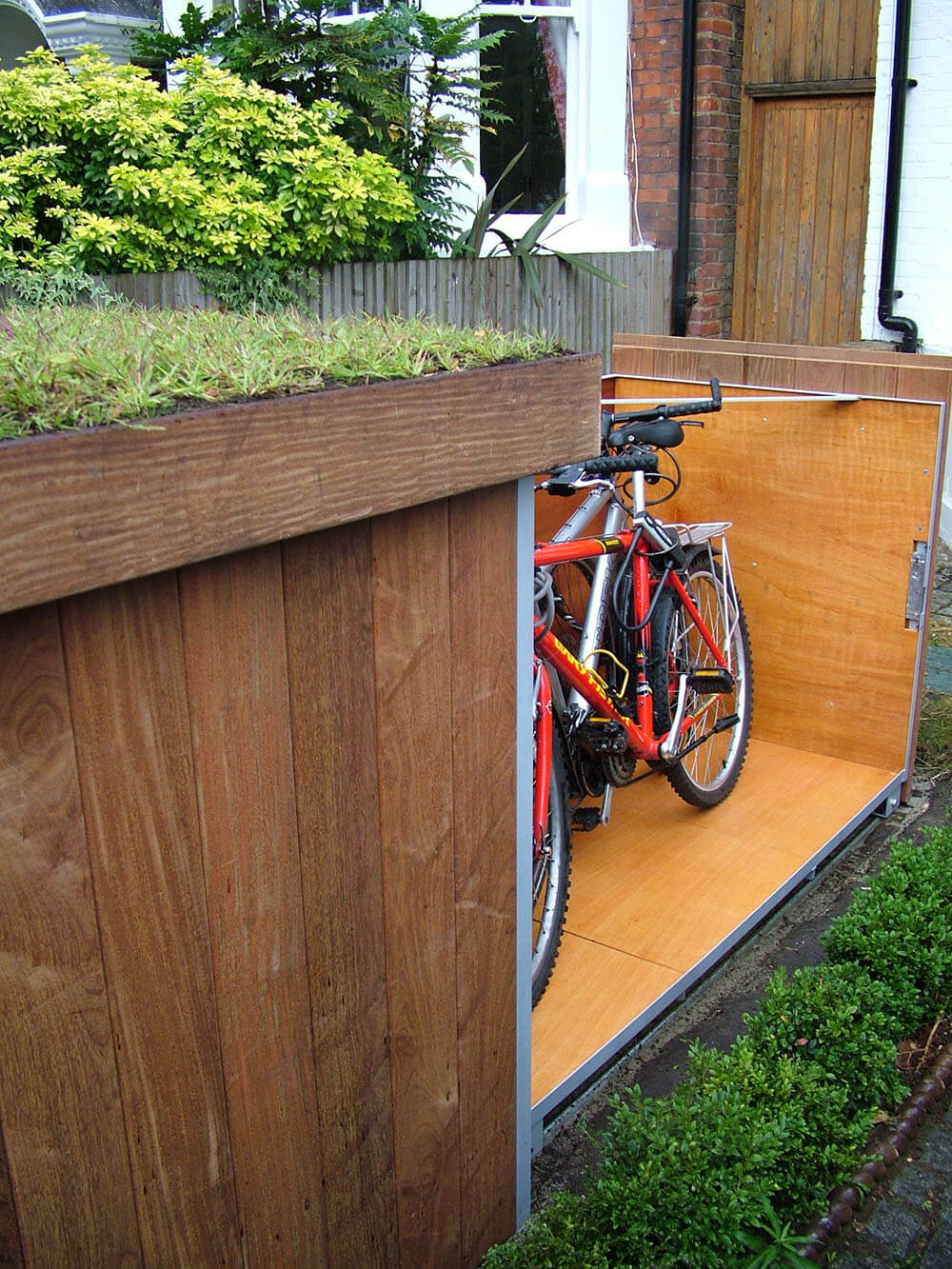 Outdoor Bike Garage (5)