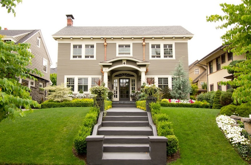 Boosting curb appeal is one of the easiest ways to entice buyers to see your home. Image Via: Sundeleaf Painting