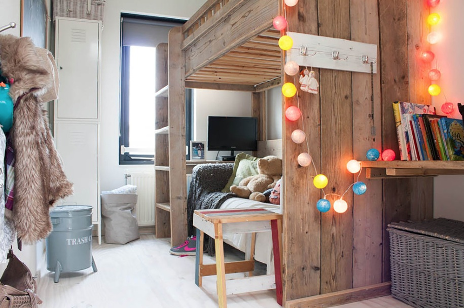 10 Stylish Space Saving Dorm Room Ideas Freshome