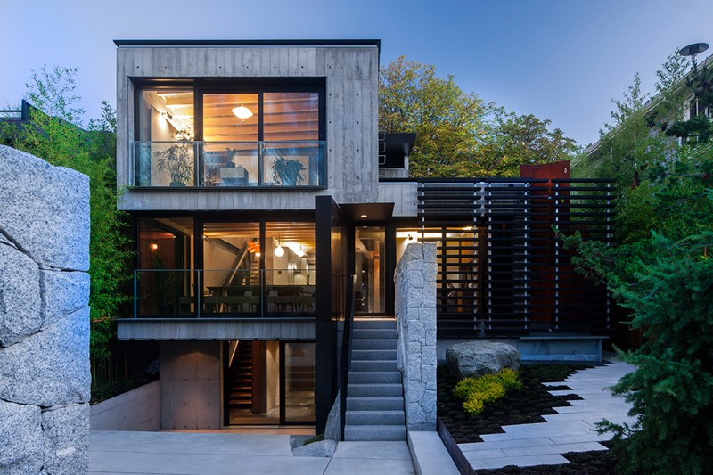 Cloister House in Vancouver Offering a Sense of Seclusion