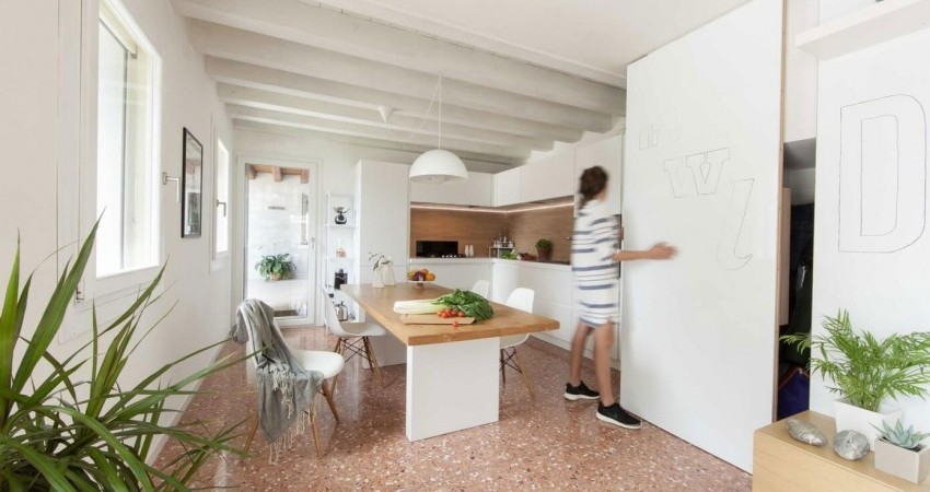 House PB in Italy Combines Cozy Furnishings, Stylish Surfaces