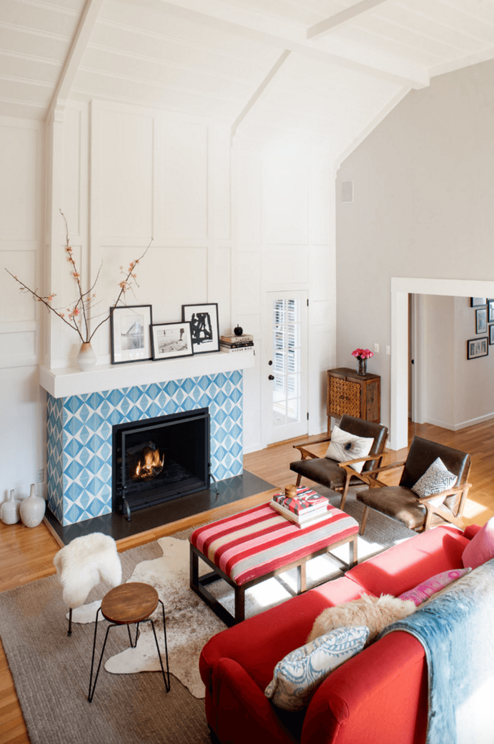 tiled-fireplace-mantel