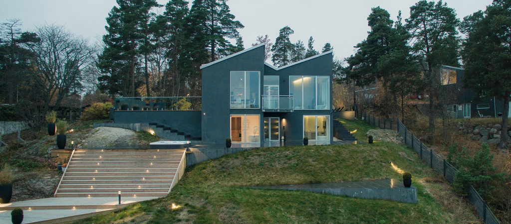 Modern Villa in Sweden Offers Panoramic Sea Views
