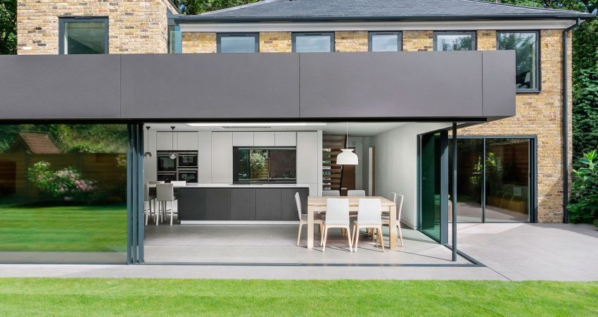 Neo-Georgian Home in London Gets a Modern Extension