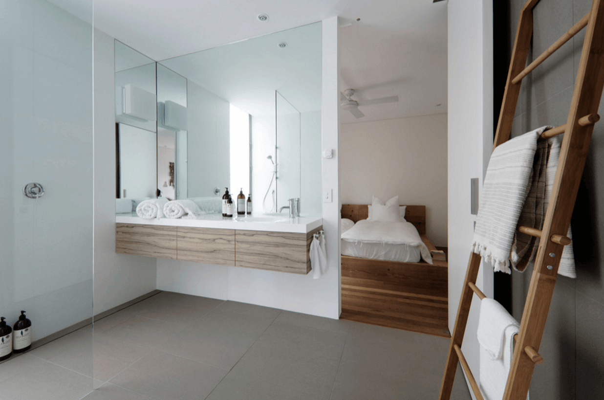 11 Easy Ways To Make Your Rental Bathroom Look Stylish: 38 Bathroom Mirror Ideas To Reflect Your Style