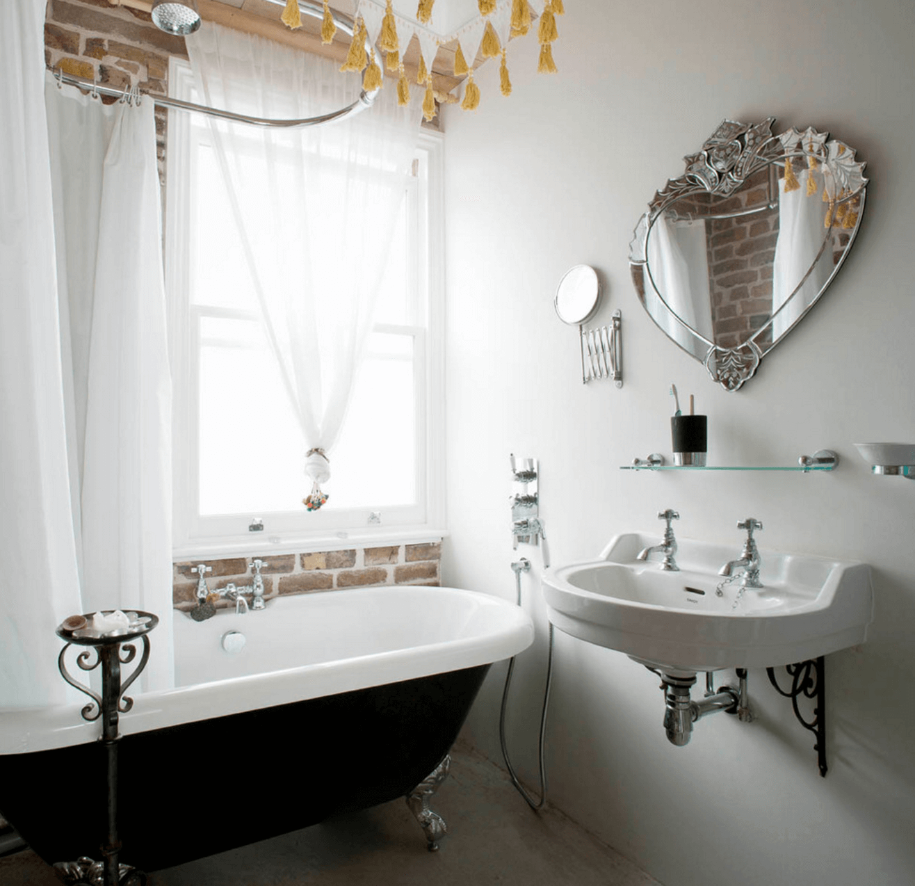3b1fd9561f 38 Bathroom Mirror Ideas to Reflect Your Style - Freshome