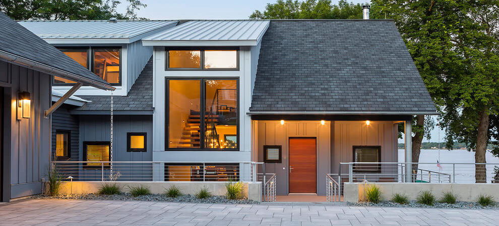 Contemporary Lake House in Minnesota Encourages Family Fun
