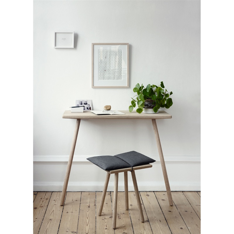 Best Small Desks For Your Small Space