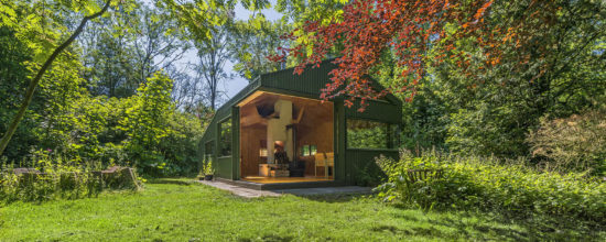 Cabin in Netherlands Park Fit For Modern-Day Thoreau