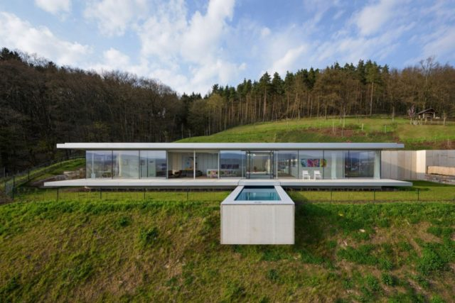 Glass House in Germany Is the Ultimate Modern Retreat