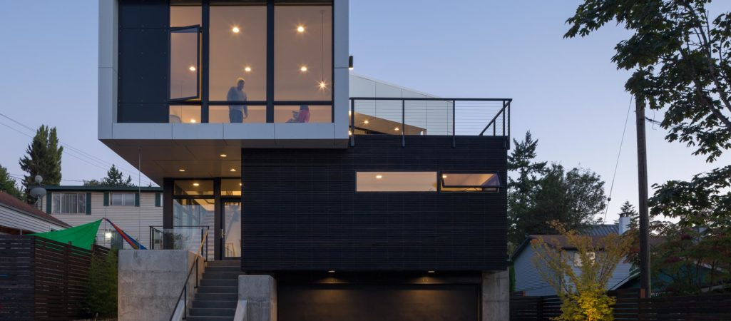 Modern Seattle Home Finds Creative Ways to Let the Sunshine In
