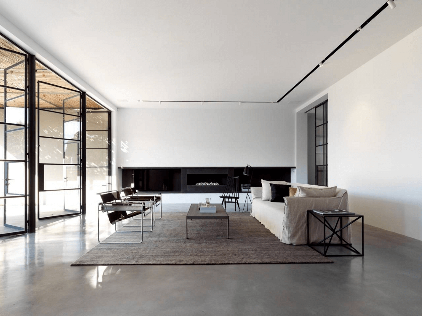 Modern Minimalist House Interior Design