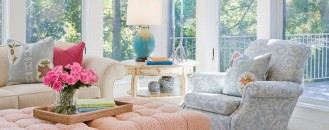 5 Ways to Decorate with Pantone's 2016 Colors of the Year: Rose Quartz and Serenity