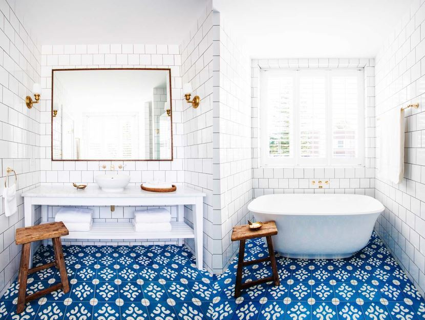 28 Creative Tile Ideas For The Bath And Beyond Freshomecom - Mosaic-backsplash-creative