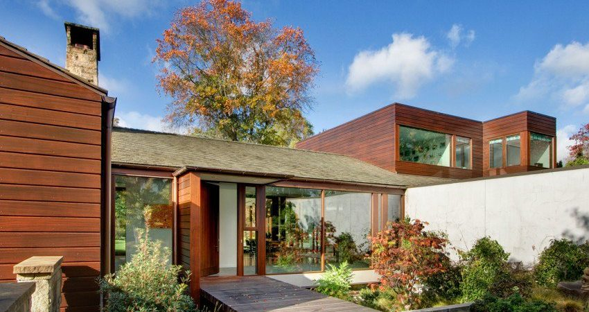 Extensive Renovation Reveals a Mid-Century Jewel in Seattle