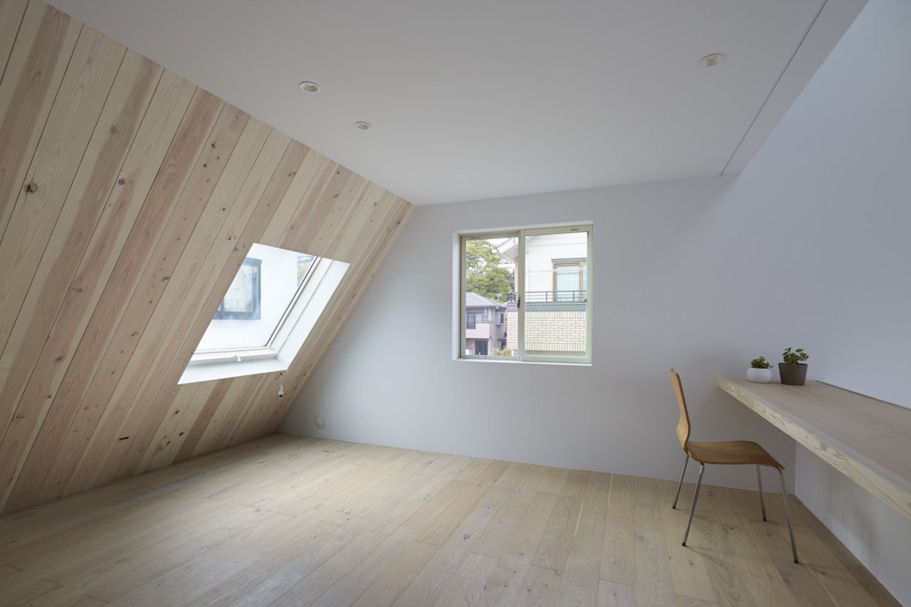 Minimalist Home In Japan Blurs Interior Exterior Freshome