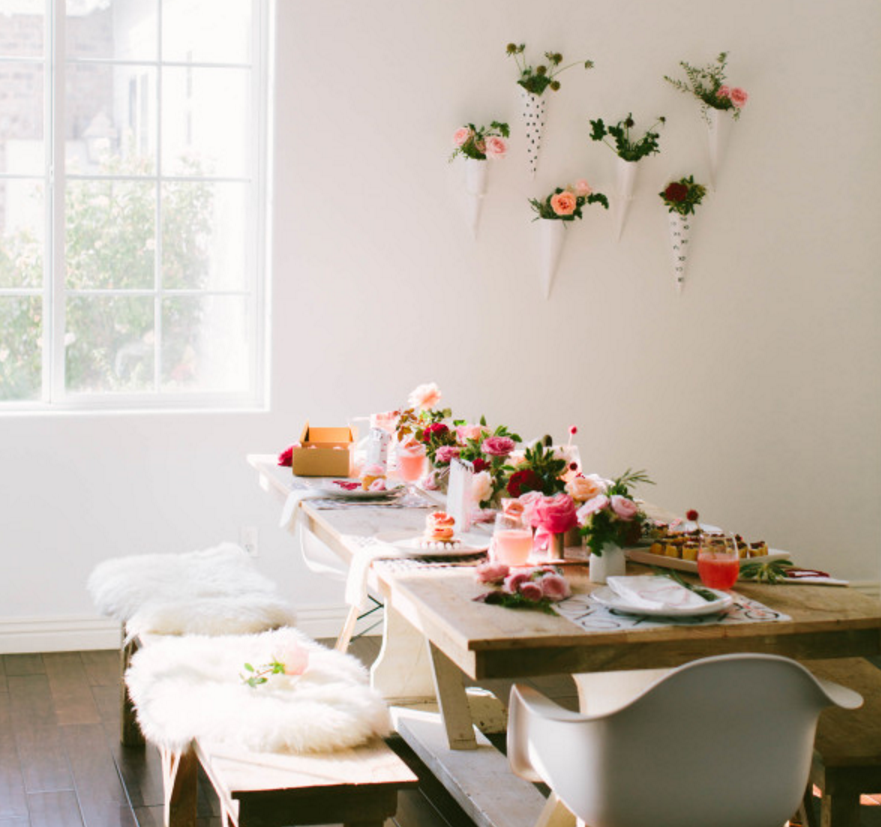 25 Modern Valentine's Day Decorating Ideas