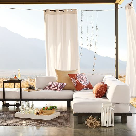 Outdoor curtains for privacy