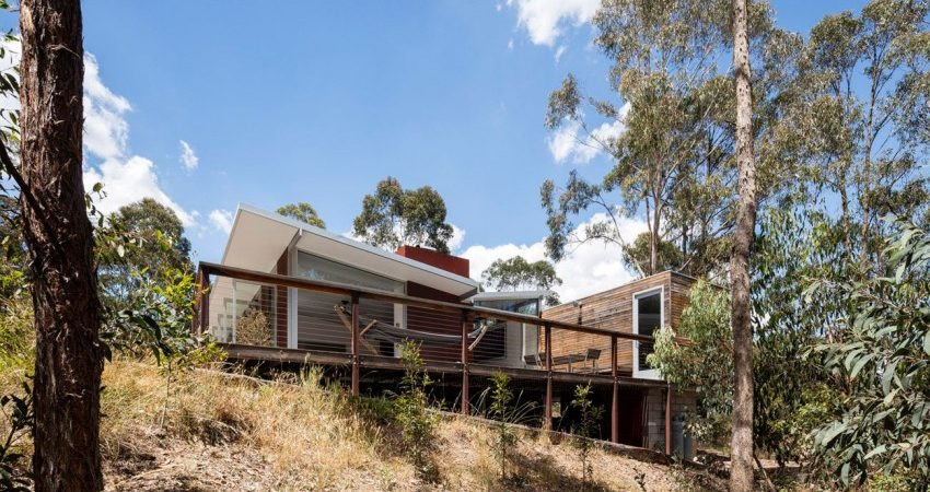 Weekend Retreat in Australia Welcomes Climbers and Artists