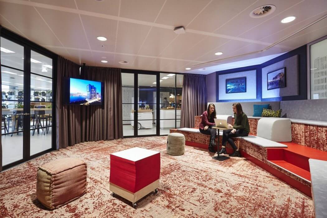 Collect This Idea Red Meeting Room   Modern Office Design Amsterdam