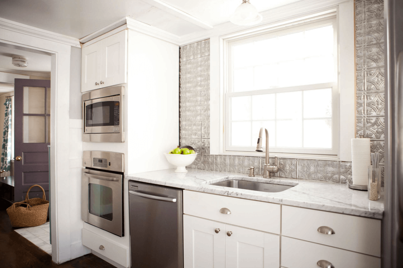 - 5 Ways To Redo Kitchen Backsplash (Without Tearing It Out)