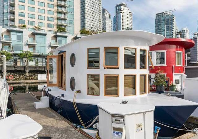 Tiny House Lovers Will Gush Over This Floating Home in Vancouver