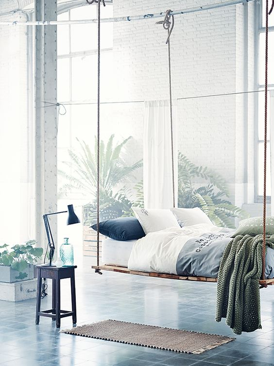 hanging-daybed