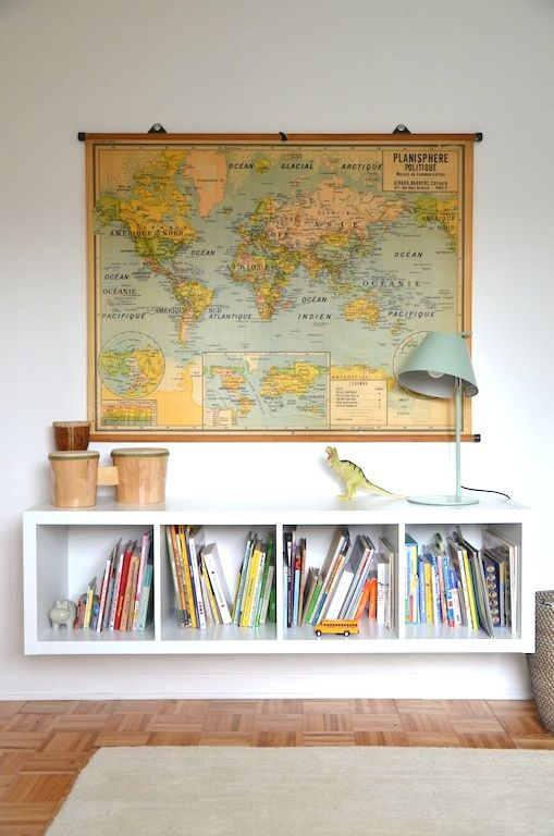Large Wall Map Decorating Ideas