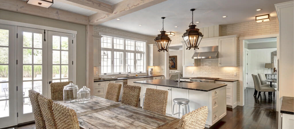 Cove Hollow Seamlessly Blends Styles